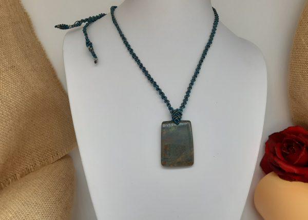 bijou- homme -macramé -collier Jaspe feuille d'automne