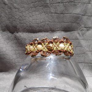 femme-bijou, bracelet en macramé lumières en brun et or