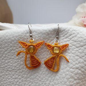 """femme- boucles d'oreille """"chatons jaunes"""" macramé sur perle de Murano jaune"""