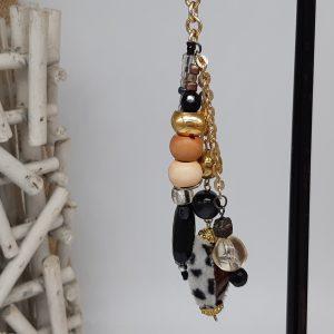 femme- accessoire- bijou de sac Savane