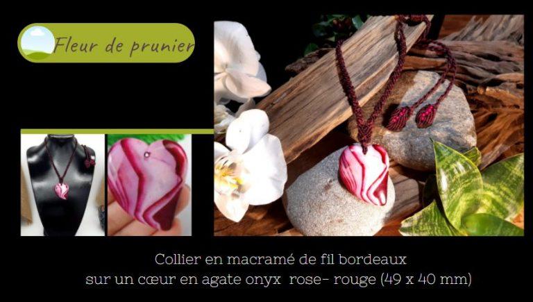 cœur en agate onyx rose rouge en collier macramé
