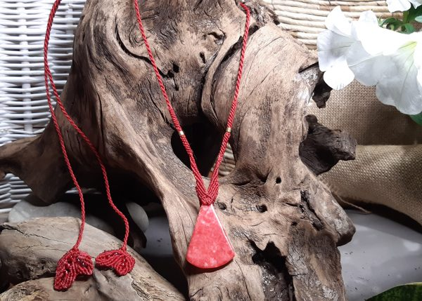 Collier femme en macramé En jade rouge Gourmande de la vie